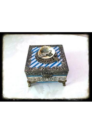 Кутия за бижута с морска тема